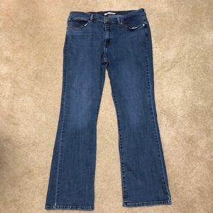 Levi women's classic boot size 16 blue jeans